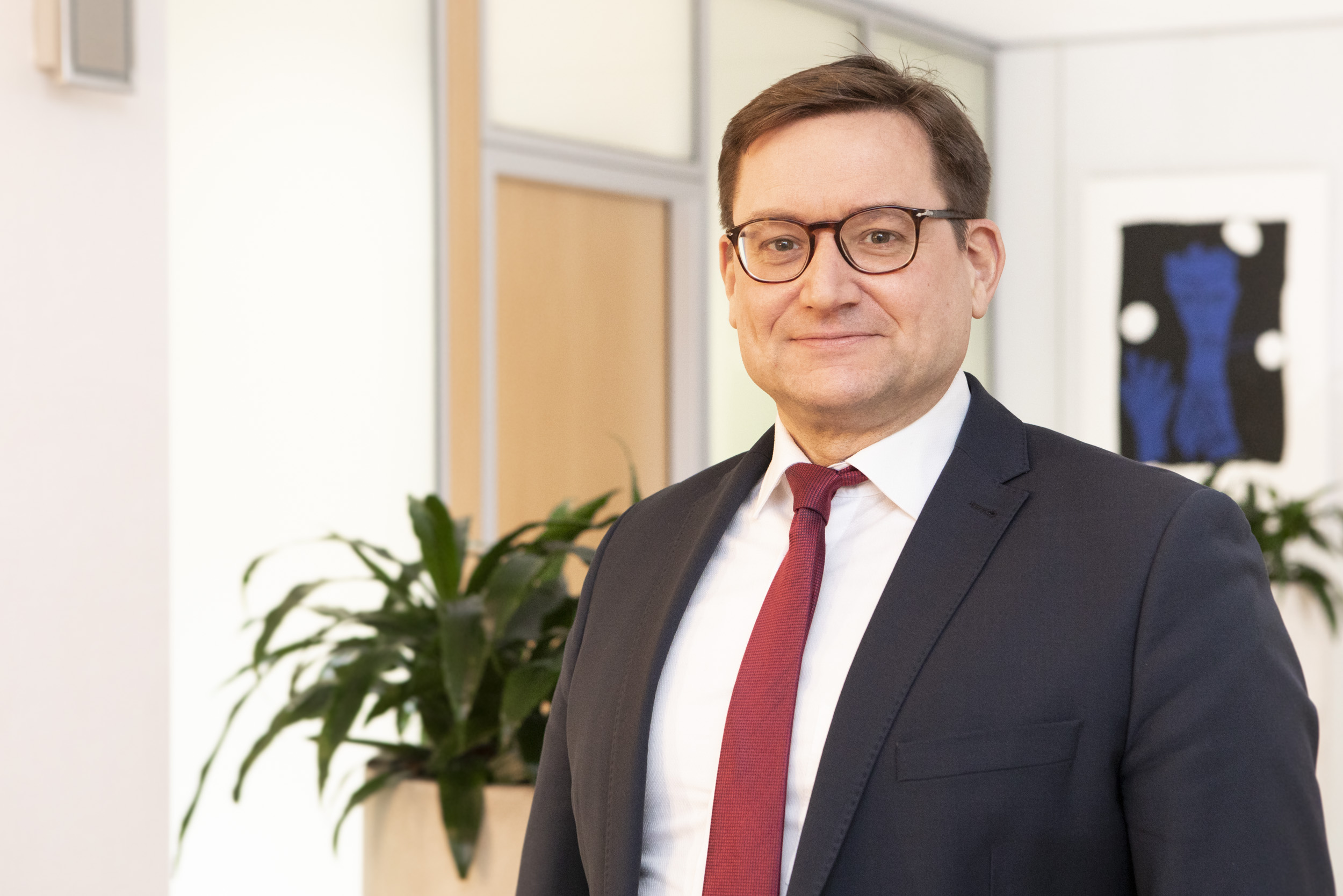 Dr. Armin Göttler